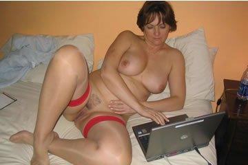 Elegáns hölgy mindig harisnyában szexel