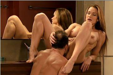 Stacy Silver - fürdőszobai élvezetek