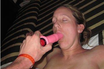 Felesége szereti a nagy péniszt