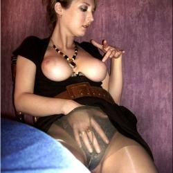 20120114-feleseg-porno-120.jpg